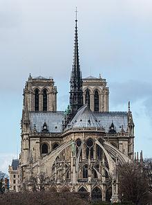 Notre_Dame_de_Paris,_East_View_140207_1
